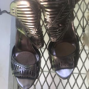 Bang patent sandals